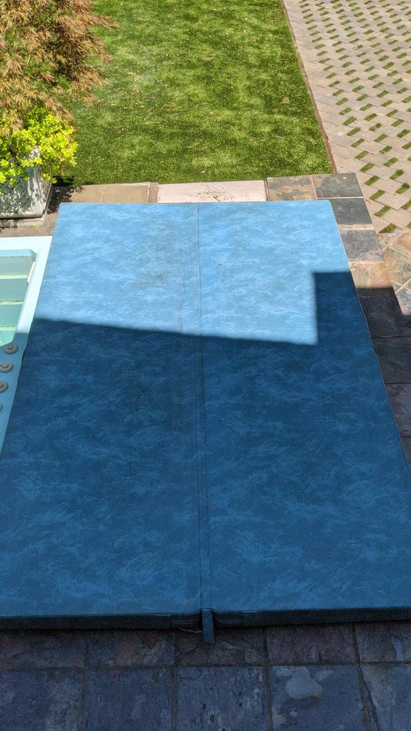 Hot Tub Cover - 8' x 5'