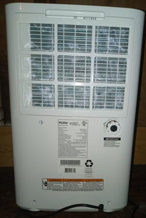 Haier Dehumidifier Model Number HEN70ET-L. LIKE NEW BARELY USED!! for Sale in West Columbia, TX