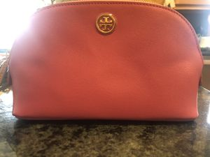 New Tory Burch cosmetics bag for Sale in South Windsor, CT