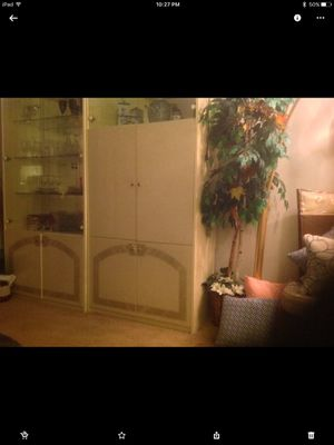 2 curio cream cabinets for Sale in Cleveland, OH