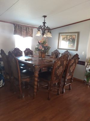 Dining table for Sale in Greensboro, NC