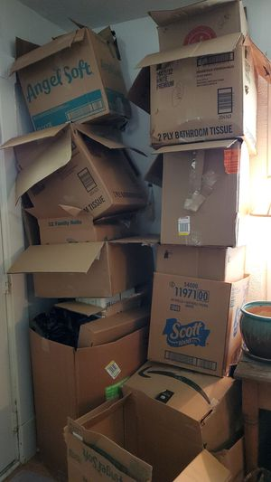 Free moving boxes. Bug free home. for Sale in Washington, PA