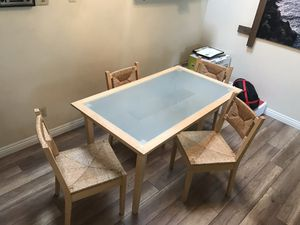 Dining Table (no chairs) for Sale in Garden Grove, CA