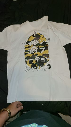 BAPE T SHIRT (BRAND NEW SIZE L) for Sale in Fresno, CA