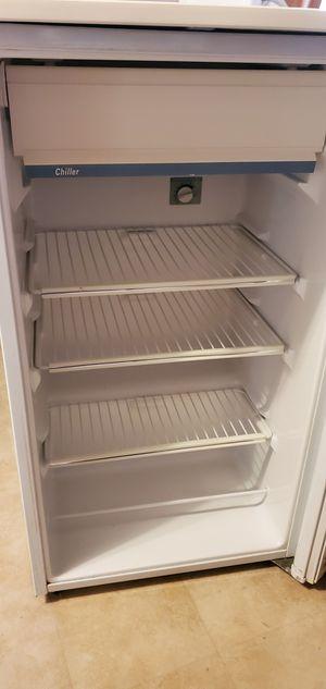 GE mini fridge for Sale in Aurora, CO