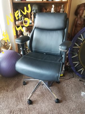 Black office chair leather for Sale in Annandale, VA