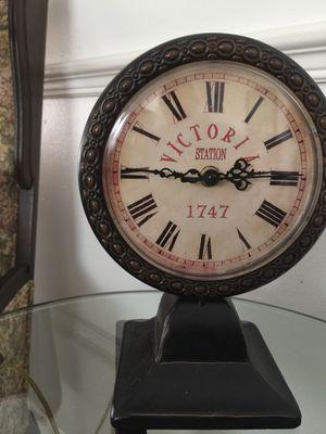Antique clock for Sale in Longwood, FL