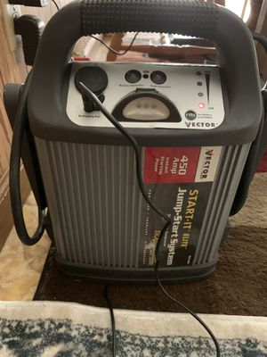 Vector 450 amp battery jumper , start-it elite . for Sale in Willoughby, OH