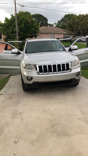 2011 Jeep Grand Cherokee V8 for Sale in Port St. Lucie, FL