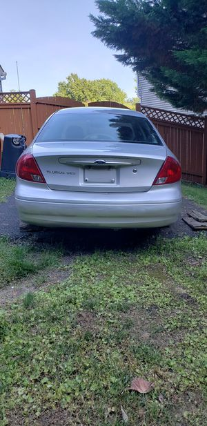 2003 Ford taurus for Sale in Marlow Heights, MD