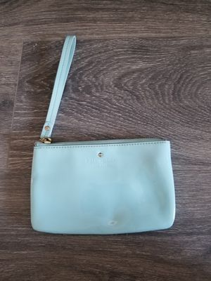 Kate Spade Harrison Street Bee Wristlet in Seaglass for Sale in Glendale, CA