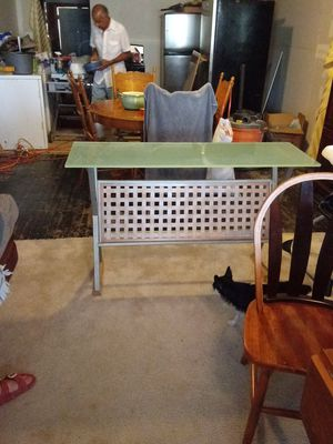 Glass top table for Sale in San Angelo, TX