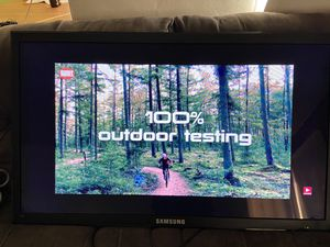 """Samsung 56"""" led HDMI COMPUTER MONITOR comes heavy duty wall mount for Sale in San Leandro, CA"""