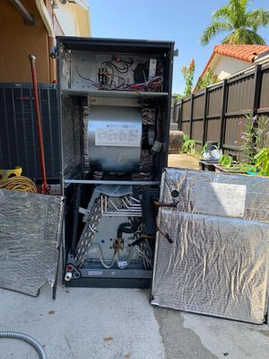 2015 Air Conditioning :Goodman 3 Ton for Sale in Miami, FL