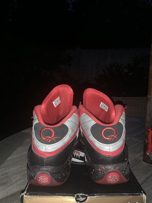 Reebok questions sz 12 for Sale in Concord, MA