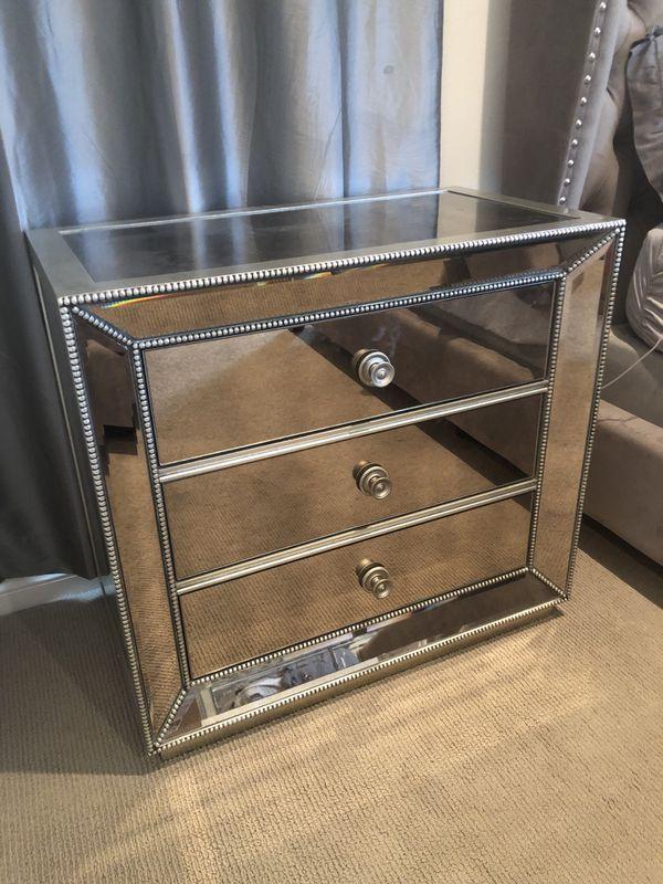 Z Gallerie mirrored bedroom set for Sale in Costa Mesa, CA ...