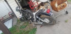 Motorcycle honda 1987 en partes.. for Sale in Houston, TX