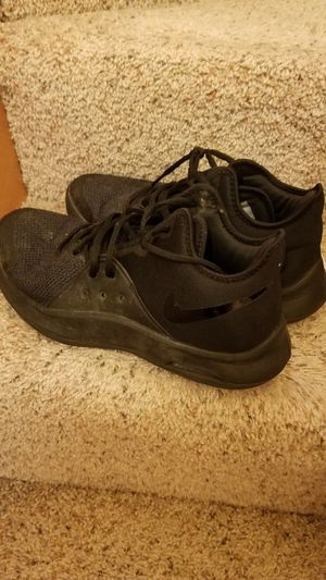Nike shoes men's size 8.5 for Sale in Everett, WA