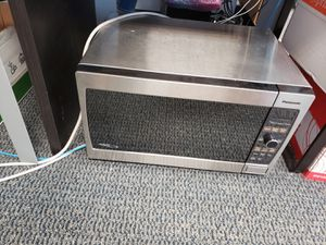 Panasonic Microwave- WORKS GREAT!! for Sale in Fort Lauderdale, FL