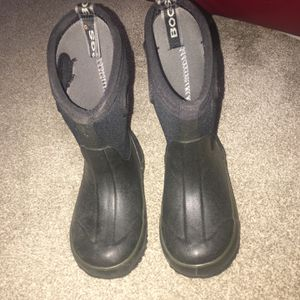 Todder Bogs Boots (size 9) for Sale in Woodland, CA