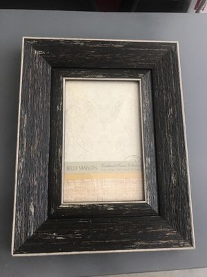 Wall picture frame 4x6 for Sale in St. Louis, MO