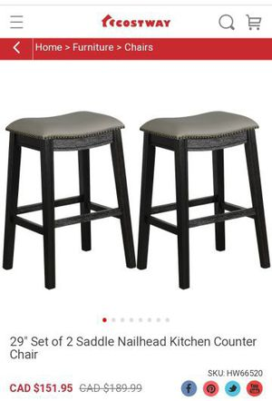 """Selling a brand new 29"""" Set of 2 Saddle Nailhead Kitchen Counter Chairthe seats are gray for Sale in Bakersfield, CA"""
