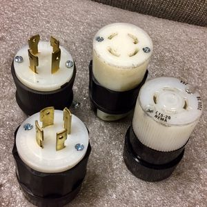 Plug 480v and 250v for Sale in Everett, WA