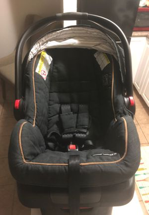 Car seat for Sale in Stockton, CA
