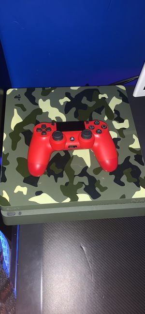 Call of duty world war 2 ps4 1 TB and a PS4 Headset for Sale in Tucson, AZ