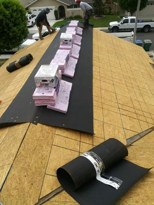 owens corning roofing for Sale in Lynwood, CA
