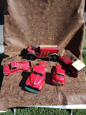Collectible old Tin wind up toys (parts or repair) for Sale in Bakersfield, CA