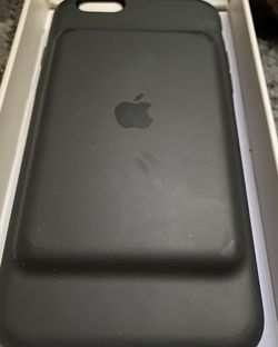 Apple smart battery case with wireless charging for iPhone 6/ 6s for Sale in Los Angeles,  CA