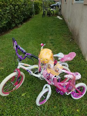 kids bicycle 12 and 18 for Sale in Pompano Beach, FL