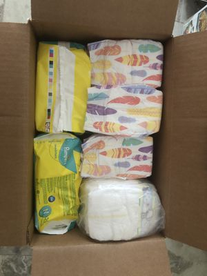 Newborn Diapers! Honest Company and Pampers for Sale in North Miami, FL