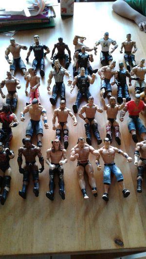 Luchadores buenas condiciones. for Sale in Long Beach, CA