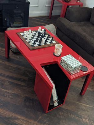 Red coffee table and end table $175 OBO for Sale in Bakersfield, CA