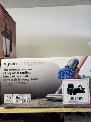 Dyson V7 Trigger Pro for Sale in BVL, FL
