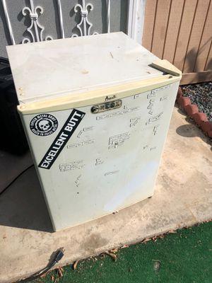 Mini fridge for Sale in Chula Vista, CA