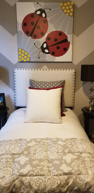Bed and frame for Sale in Laveen Village, AZ