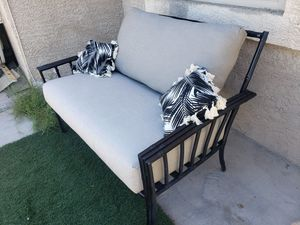 Patio,Outdoor,1 Love Seat for Sale in Las Vegas, NV