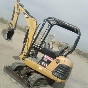 2005 caterpillar 301.8 mini excavator for Sale in Llano, CA