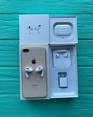 iPhone 8 plus with airpod pro for Sale in Fort Lauderdale, FL