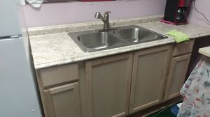 Kitchen cabinet 30 days old for Sale in Houston, TX
