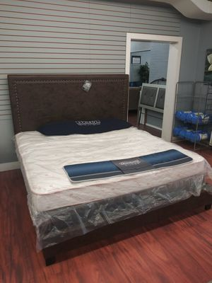 Ashley King Dolante B130 Bed Frame for Sale in Parma Heights, OH