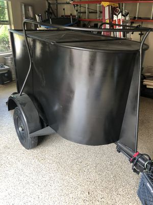 5 Foot Covered Utility Trailer for Sale in Frisco, TX