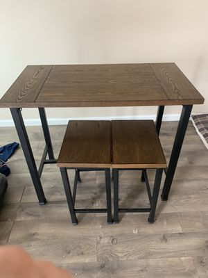 Breakfast table with stools for Sale in Edgewater, MD