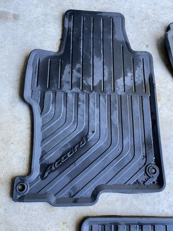 Honda Accord floor mats—tapetes Honda Accord