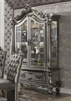 VERSAILLES CURIO CABINET IN SPECIAL OFFER IN 45701 HIGhWAY27 N DAVENPORT FLORIDA 33897 for Sale in Davenport, FL