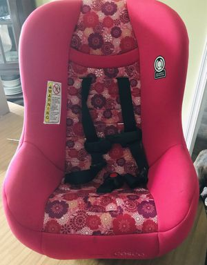 Cosco child's car seat for Sale in Worcester, MA