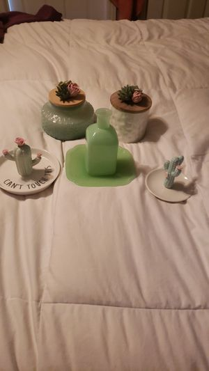 Candles, jewelry holder and vase for Sale in Riverside, CA